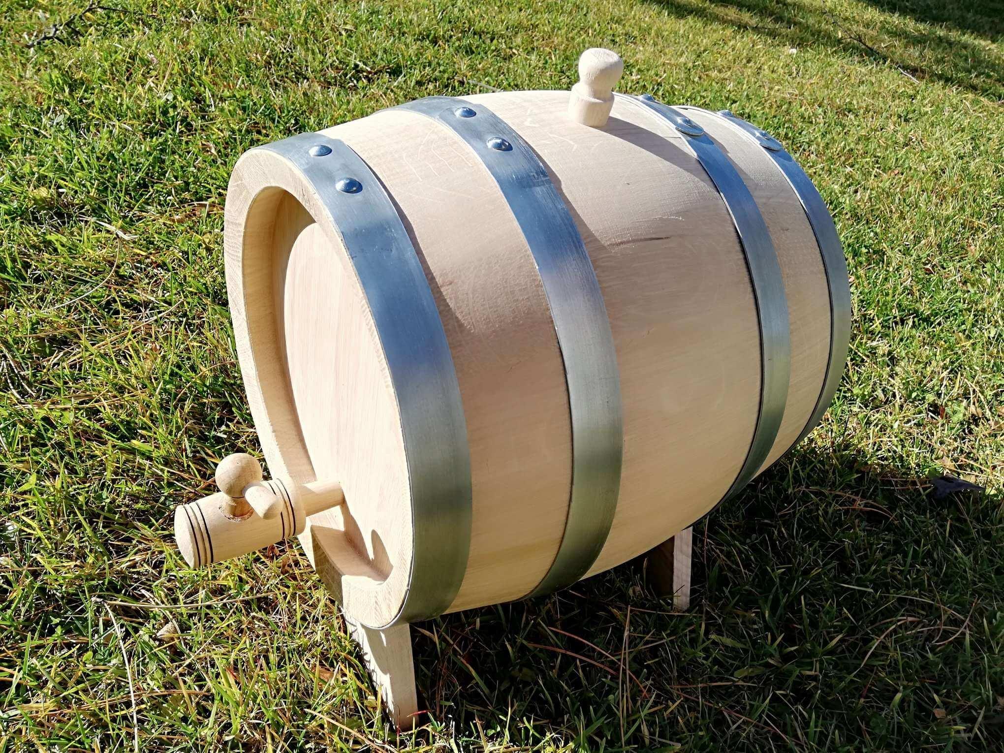 Oak barrel 8L