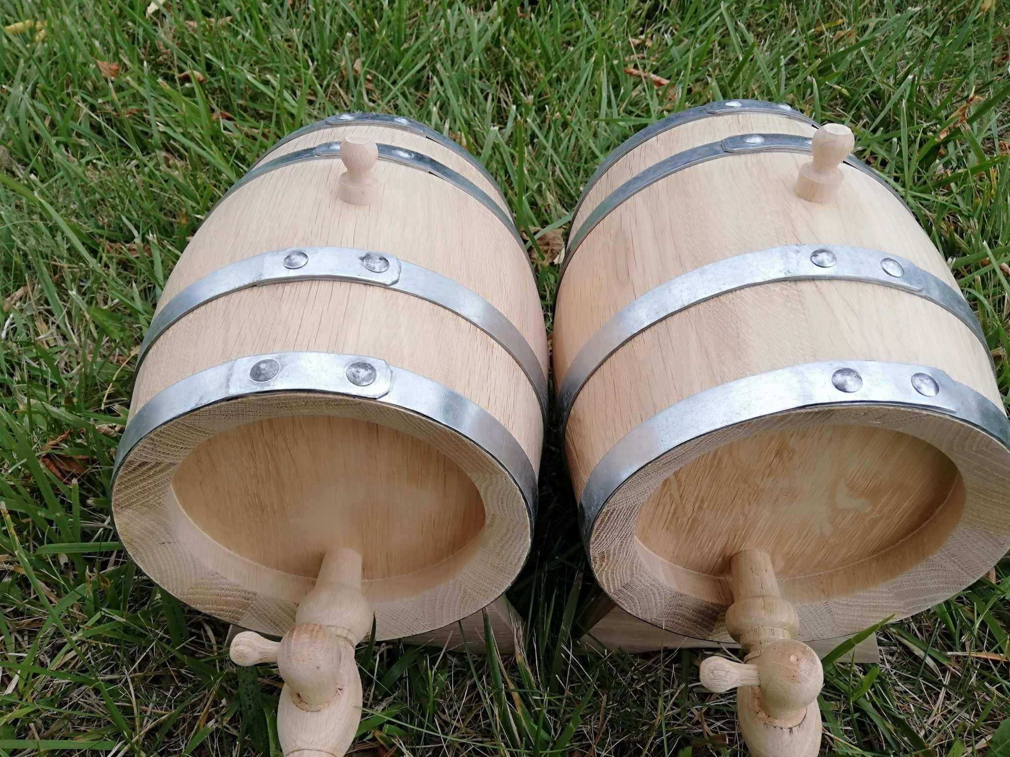 Set of Oak barrels 2x2L